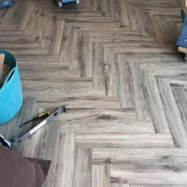 Fusion Herringbone 12mm Volcanic Grey Oak 4V Laminate