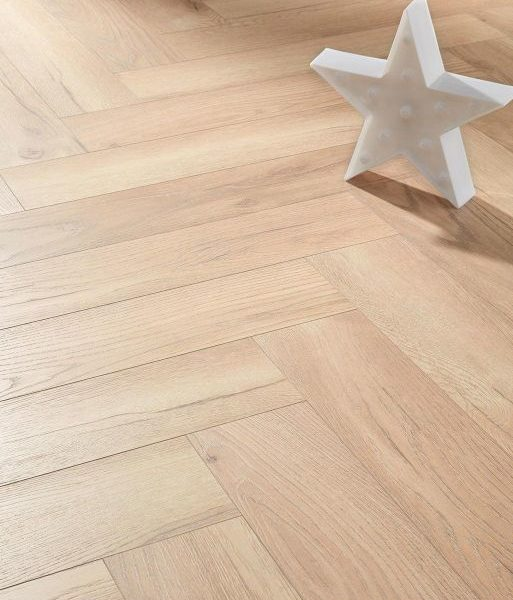 Fusion Herringbone 12mm Desert Light Oak 4V Laminate