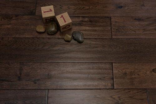 Alabama 125mm Coffee Oak Hand Scraped Solid Wood Flooring