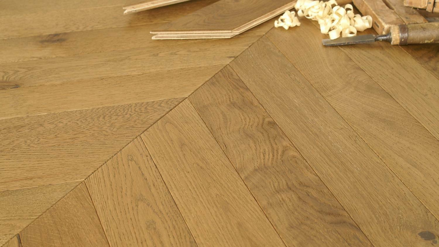 Nevada Chevron 15/4 x 90mm Smoked Oak Herringbone Engineered Flooring