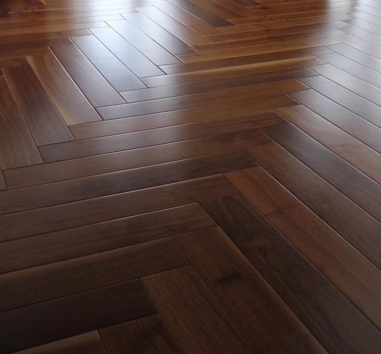 Strata 14/3 x 90mm Smoked & Limed Oak Herringbone Engineered Flooring